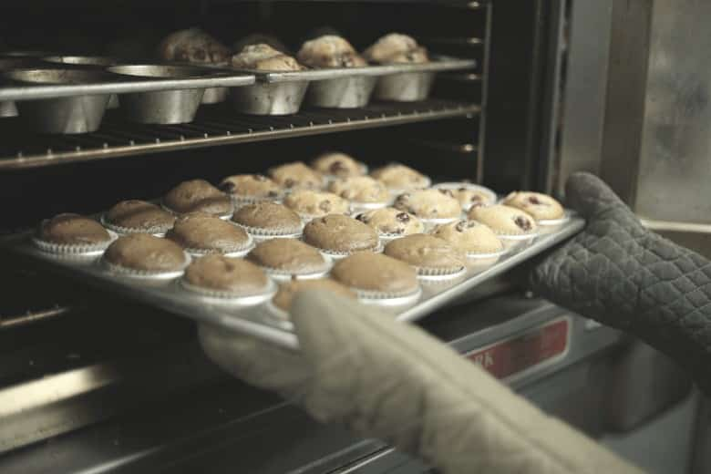 Cupcake pan, bakeware