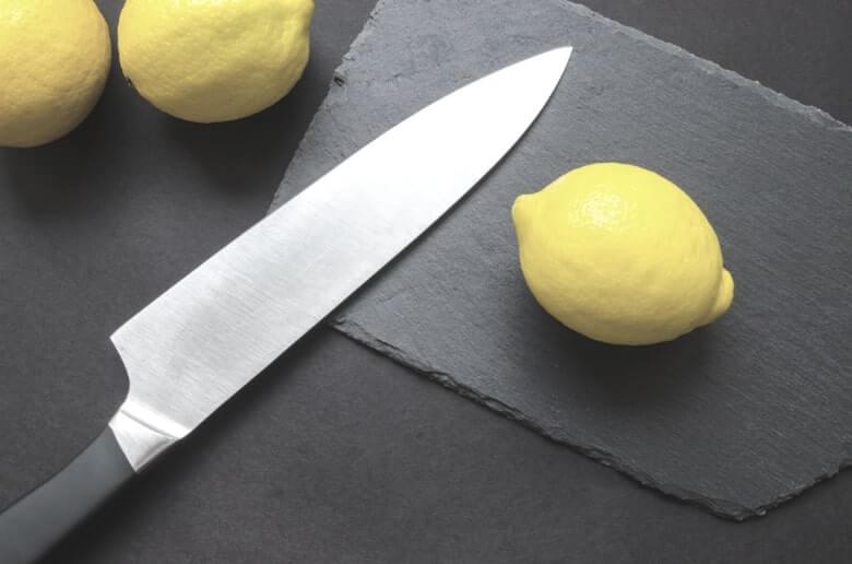 knife and a lemon