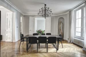 black dinning table